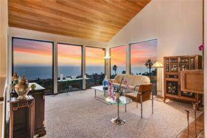 Beautiful Home for Sale in the Valmonte Area of Palos Verdes Estates at 3704 Via La Selva